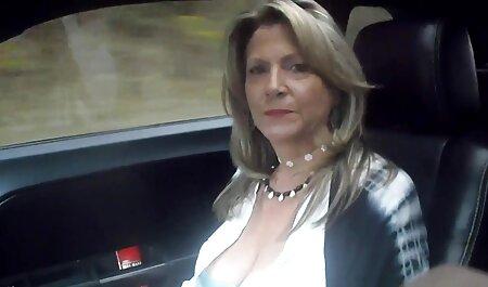Isabella Nice se mete una videos de orgias lesbicas gran polla por el culo