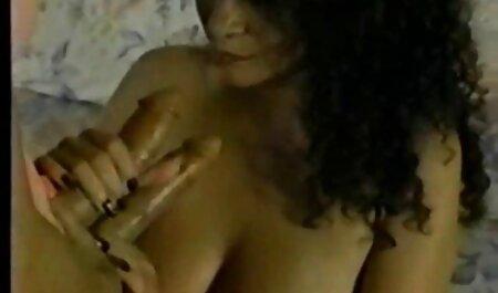 Milf chorros orgias videos gay mientras se masturba con su consolador