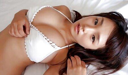 Señoras desnudas en la videos gratis de orgias familiares playa