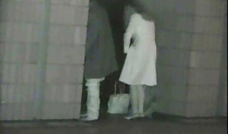 Mujer negra follando orgia delgada de grandes tetas saffy.